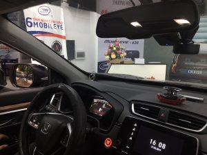 Honda CRV lựa chọn lắp hệ thống cảnh báo điểm mù trên gương