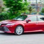 Hệ thống cảnh báo điểm mù trên Toyota Camry 2019 nhập khẩu hoạt động thế nào?