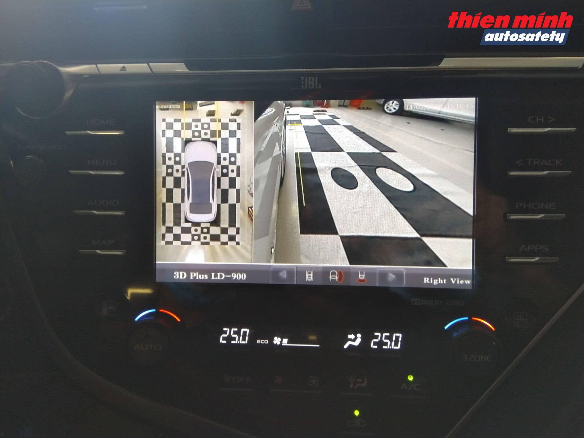 Góc hình Camera bánh xe phải phía trước