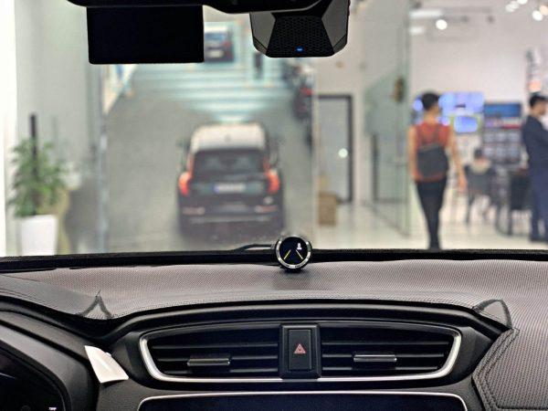canh-bao-va-cham-xe- Mercedes