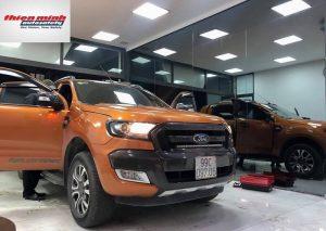 canh-bao-diem-mu-xe-Ford